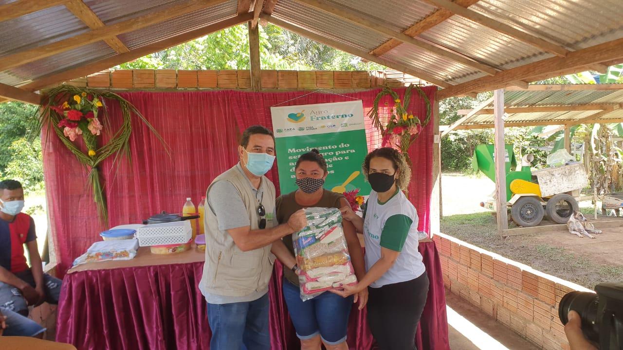 Agricultores do município Careiro da Várzea recebem doações do Agro Fraterno