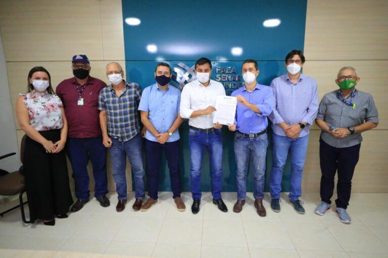Faea recebe Wilson Lima para assinatura da ordem de serviço para início da construção do Parque de Exposições Agropecuárias