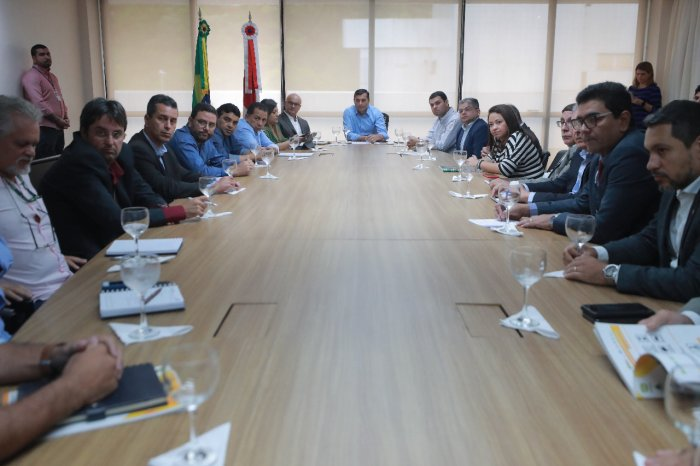 Muni Lourenço participa de reunião sobre implantação do Distrito Agroindustrial de rio Preto da Eva