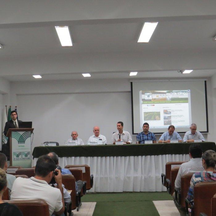 Preidente Muni Lourenço dá as boas vindas aos candidatos